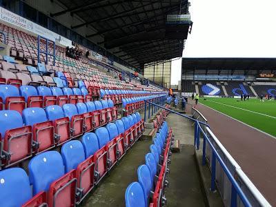 ✔723 Halton Stadium