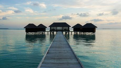 How to Visit the Maldives Without Spending a Lot of Money