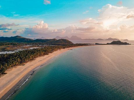 10 Amazing Beaches In The Philippines You Need to Visit