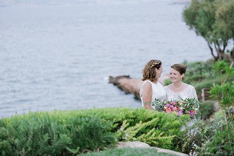 beautiful-destination-wedding-colourful-floral-designs-athens_02