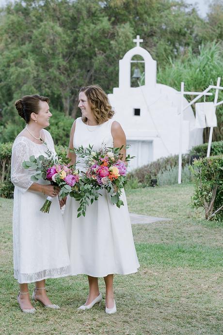 beautiful-destination-wedding-colourful-floral-designs-athens_03x