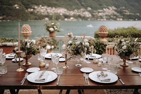 stylish-romantic-wedding-italy-wonderful-floral-arrangements_27