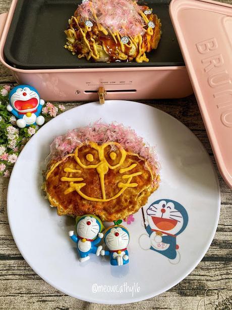 Okonomiyaki (Hiroshima style)
