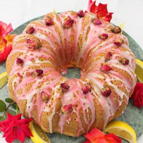 Lemon and Raspberry Mascarpone Cupcakes #SpringSweetsWeek