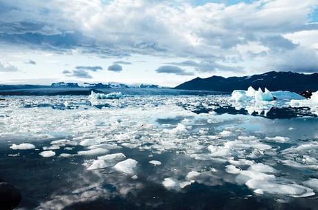climate-cold-glacier-iceberg