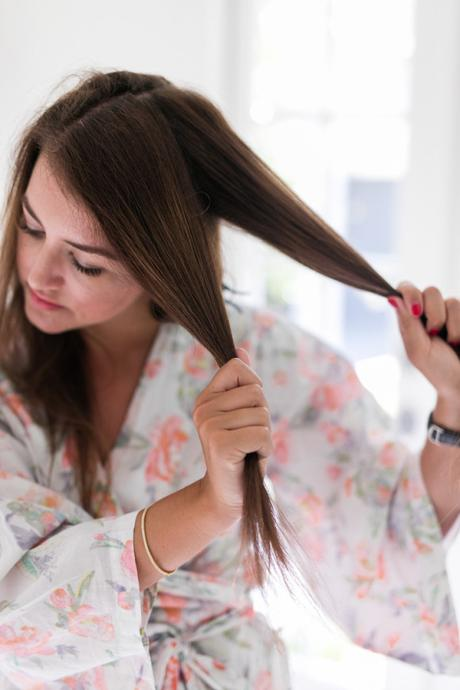 Amy Havins shares how she uses hot rollers to style her hair.