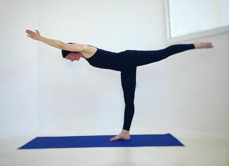 Virabhadrasana 3 (Yoga Warrior C)