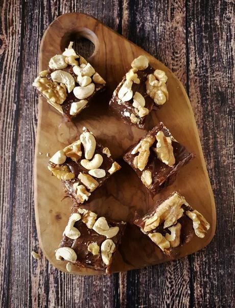 Easy Chocolate Fudge Recipe, How To Make Chocolate Fudge