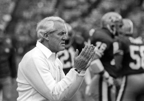 10 Lessons in Leadership from Bill Walsh's The Score Takes Care of Itself