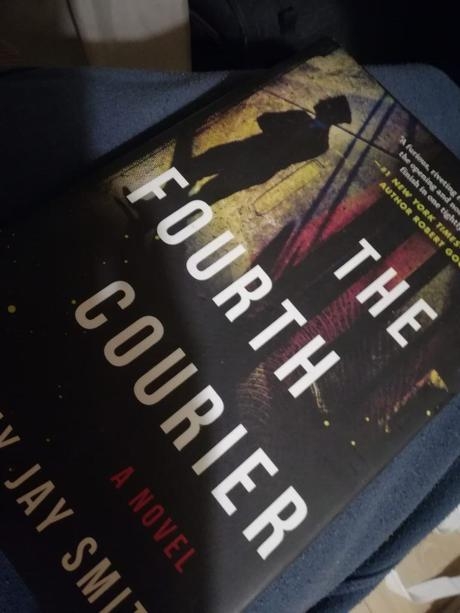 Nigdy Więcej Wojny: Book Review of The Fourth Courier by Timothy Jay Smith