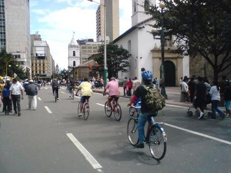 Ciclovía: closing major roads on Sundays for bicycle and pedestrian traffic