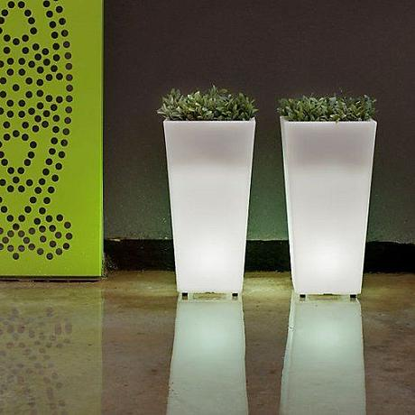 Aix Squara LED Planter | Led, Outdoor planters