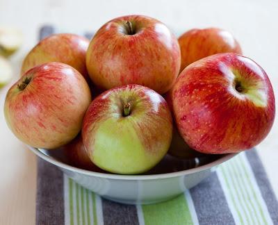Oven Roasted Applesauce