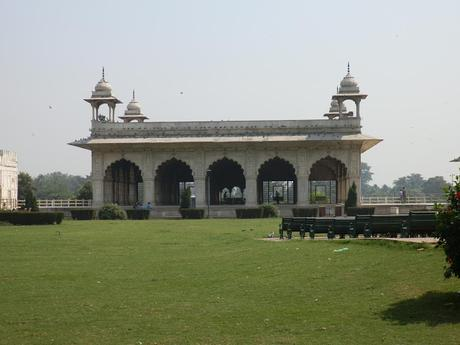 ~the famed Red Fort - 'lal Qila'