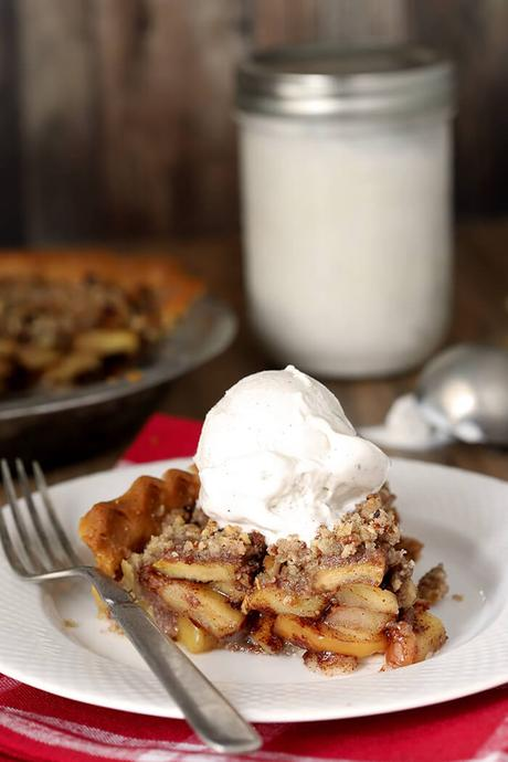Bourbon Caramel Apple Pie with Toasted Pecan Crumble