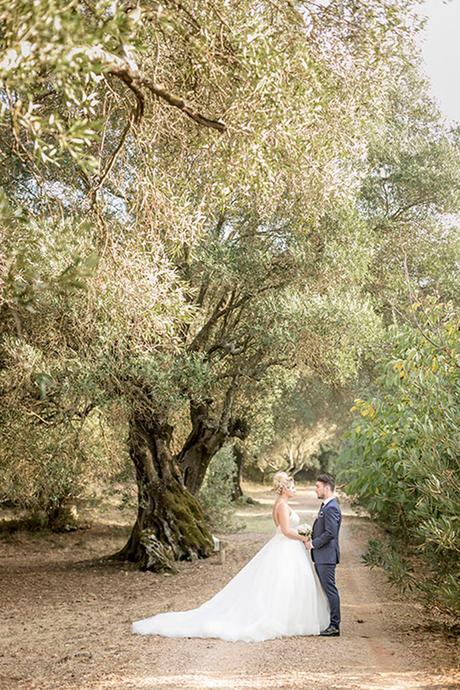 romantic-summer-wedding-wonderful-olive-grove-kefalonia-island_28x