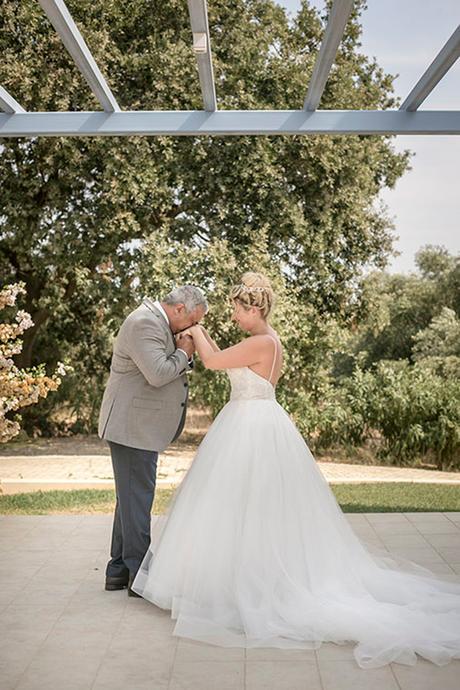 romantic-summer-wedding-wonderful-olive-grove-kefalonia-island_09
