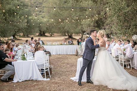 romantic-summer-wedding-wonderful-olive-grove-kefalonia-island_27