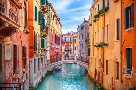 How To Transfer Money To Italy to Fund Your Overseas Home