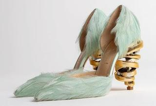 Shoe of the Day | Keeyahri Jenine Feathered Pumps