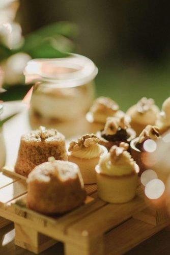 vine yard wedding weekend extravaganza dessert zeev_damon