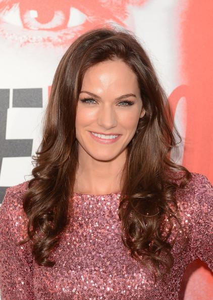 Kelly Overton Talks To TVFanatic.com