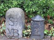 Regent's Park with #guestbollards from Brazil/France...