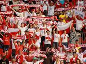 Euro 2012: Five Most Shocking Videos Polish Russian Hooligans Clashing Warsaw