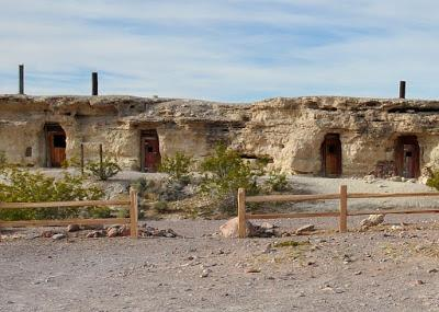 DUBLIN GULCH: ABANDONED CAVE HOMES NEAR DEATH VALLEY, CA, Guest Post by Caroline Hatton