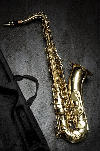 Inventor of Sax died in chill penury !