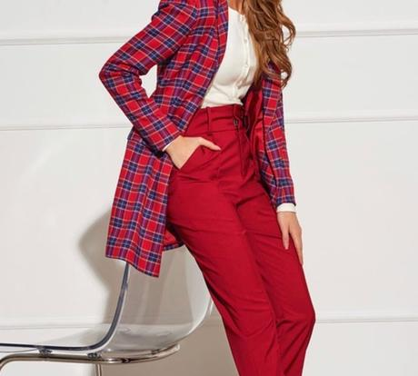 Zúžený orezané nohavice s vysokým vzostupom a objemné šípky