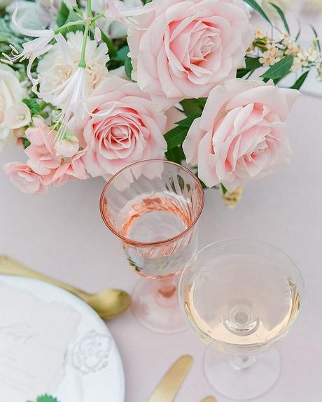 how to tip wedding vendors wedding reception table decor