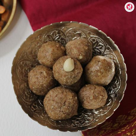 Get the amazing benefits of nuts in this nutritious Peanut Ladoo for Kids [No Sugar Groundnut Ladoo Recipe], it's a perfect guilt free snack for toddlers.
