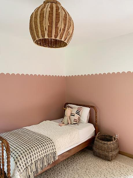 DIY painted scalloped wall idea