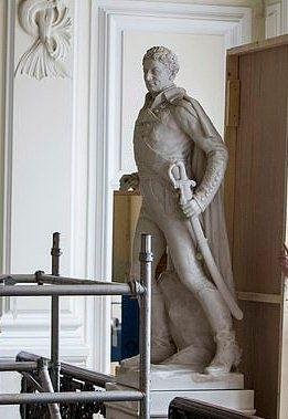 British hero of battle of Waterloo set to fall !!