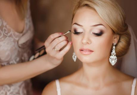 How To Choose The Best Wedding Makeup Artist In Gold Coast?