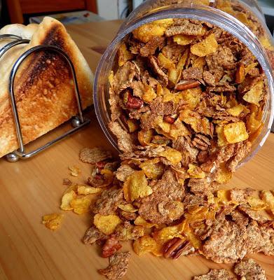 Toasted Corn, Wheat & Spelt Flakes