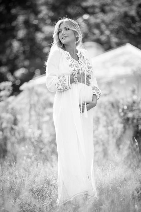 Faya Pregnancy Shoot Kenwood House London Hampstead Heath 21 July 2020-5