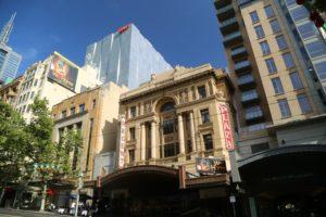 Travelling and living in Melbourne, Australia