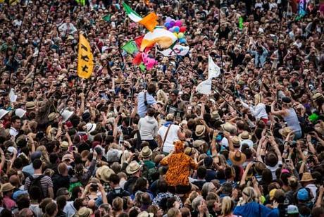 overpopulation-crowd