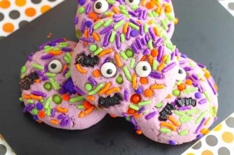 Halloween Monster Cookies (Fun & Festive!)