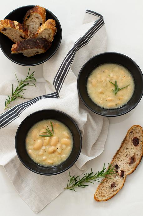Quick and Easy White Bean Soup