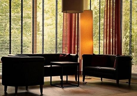 Why You Should Choose to Install Blinds Instead of Curtains