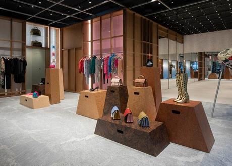 Aldo Carpinteri's Modes, a Great Place for Fashion Lovers