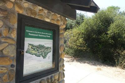 TEMESCAL CANYON HIKE: Nature at the Edge of the City, Los Angeles, CA