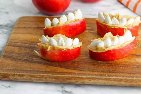 Funny Face Halloween Apples (Kid-Friendly)
