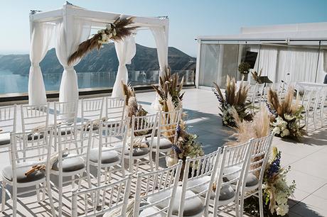 intimate-destination-wedding-santorini-bursting-pampas-grass_14