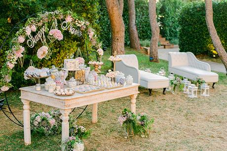beautiful-outdoor-wedding-succulents-gold-details_20