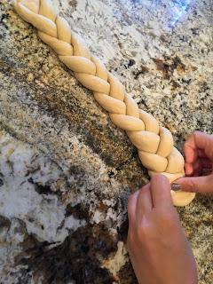 Challah: Braided Loaves of Tradition