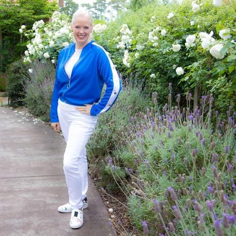 How to choose colour blocking on active wear tops to flatter your body shape